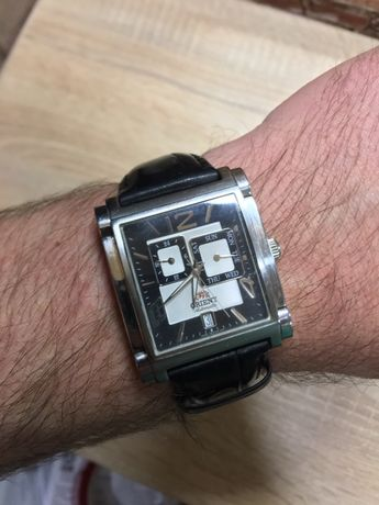 Продам часы наручные мужские часы Orient FETAC006B0