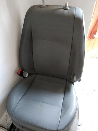 Siedzenie plus stelaż caddy 3