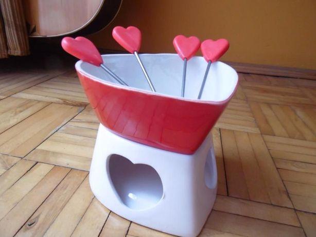 Zestaw do gorącej czekolady prezent na Walentynki fondue
