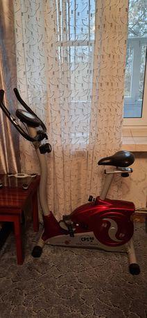 Велотренажер для занятий спортом дома