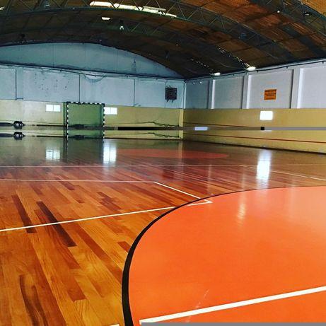 Alugo campo de futsal à hora