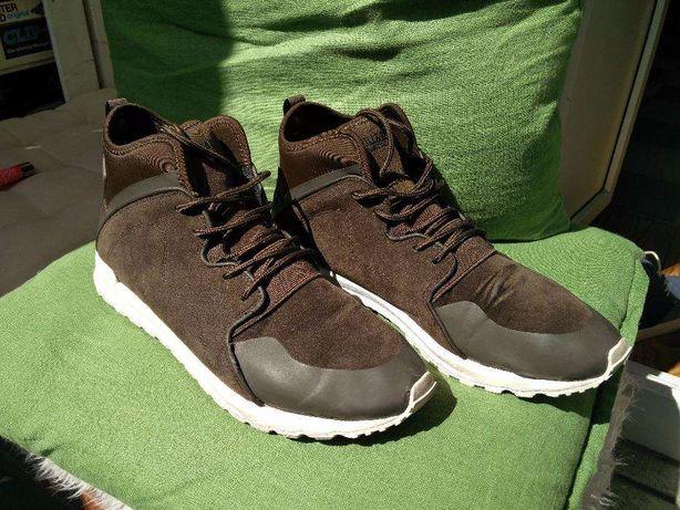 Sapatilhas bota 44