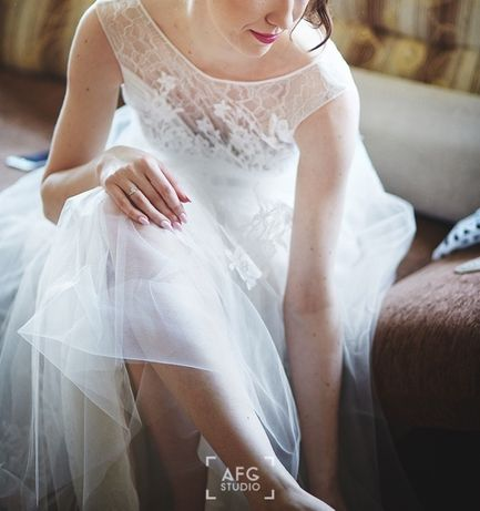 Koronkowa rustykalna suknia ślubna, boho Anna Kara Snow