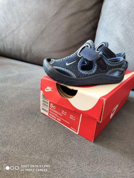 Sandałki Nike rom.21