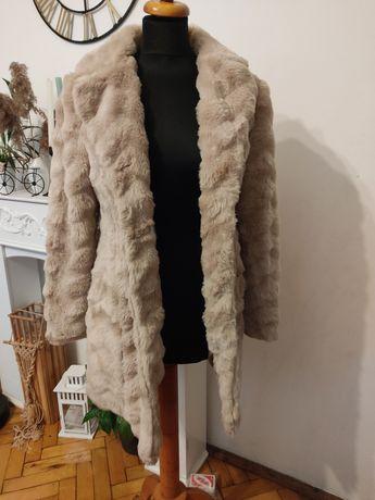 Płaszcz futro sztuczne s