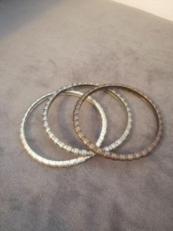 Conjunto de pulseiras em metal