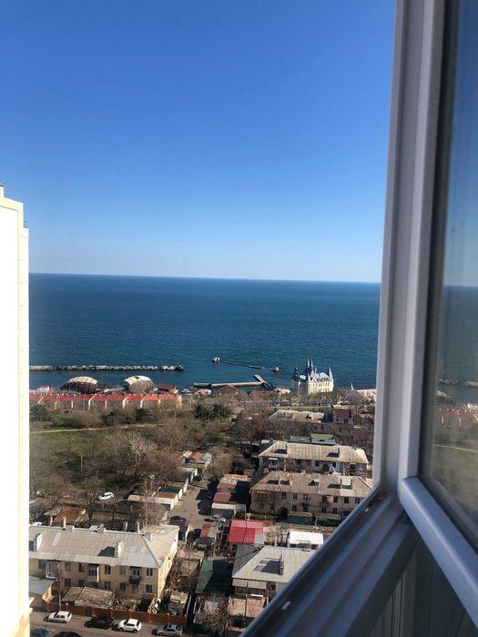 Сдам посуточно  свою новую квартиру в ЖК «Новый берег» с видом на море-1