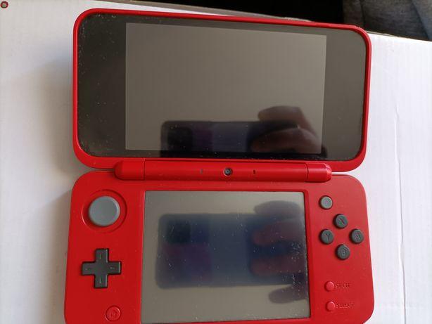 Nintendo 2DSXL modelo pokébola + 5 jogos + bolsa Pokémon