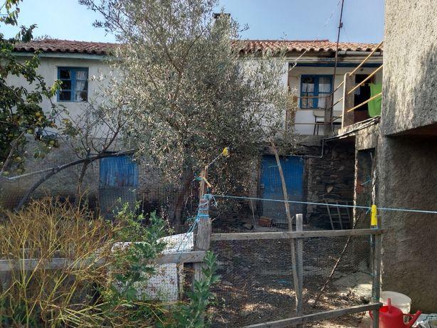 Casa moradia rural em local tranquilo e com belas vistas