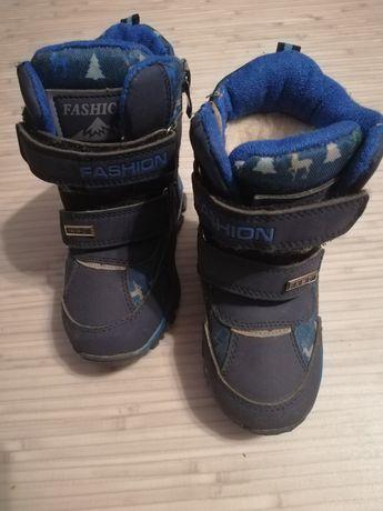 Зимние сапоги ботинки р. 23