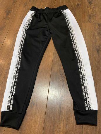 """Подростковые штаны """"Adidas"""" (оригинал) на рост 158 см"""