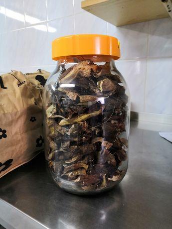 Suszone grzyby Borowiki i podgrzybki