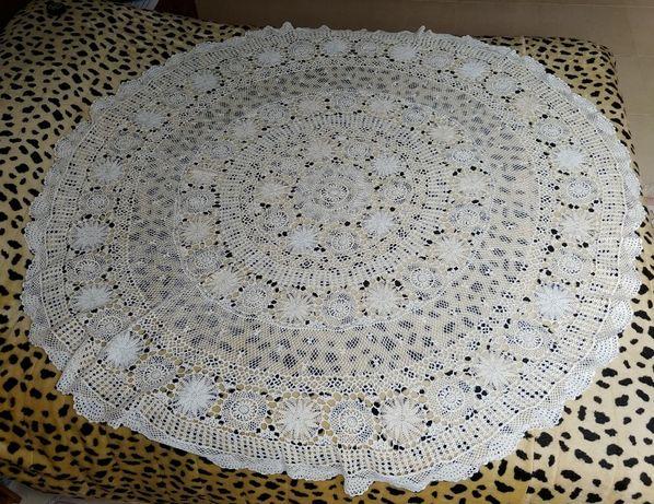 Toalha renda feita à mão 1,60 mt diâmetro Nova