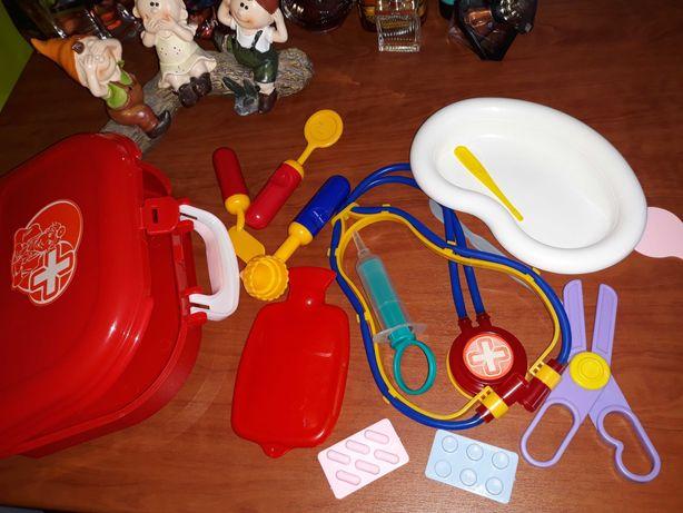 Аптечка детская игрушечная