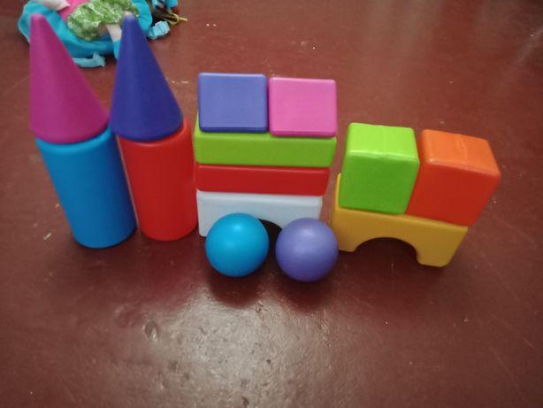 Продам игрушки в хорошем состоянии