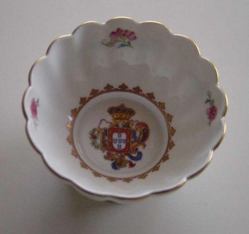 De coleção: Taça réplica Companhia Índias, Família Rosa c/ Base prata
