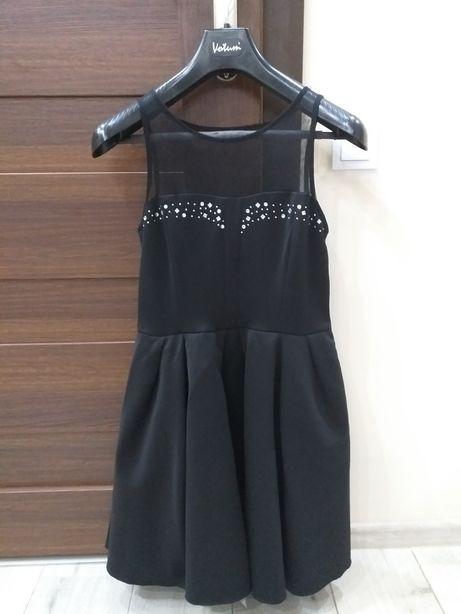 Czarna sukienka cekiny 38