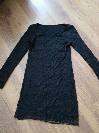 Czarna koronkowa sukienka XS s