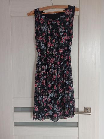Lekka sukienka w kwiaty