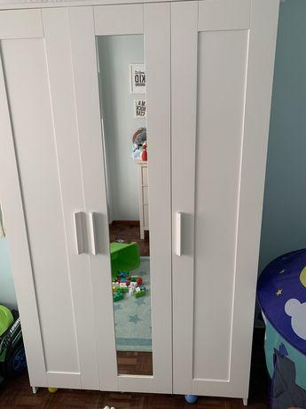 Roupeiro c/3 portas