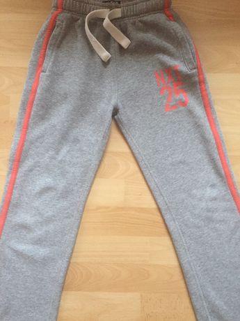 Утеплённые спортивные штаны Next, штани на ріст 128 см на 8-9 рок