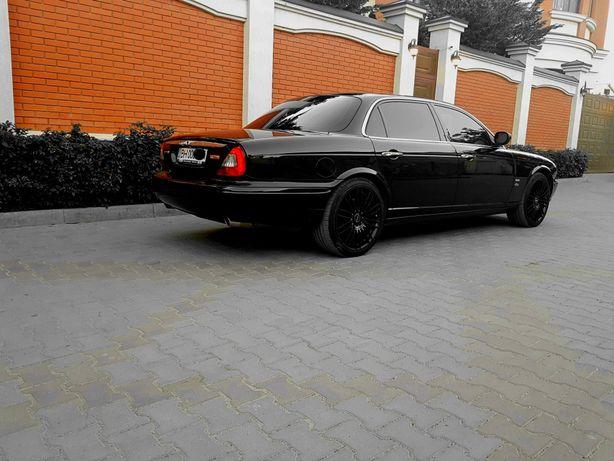 Jaguar xj long sovereign
