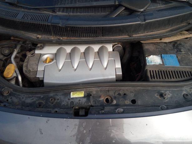 silnik 1.6 16v skrzynia biegów JR5104 renault scenic 1.6 16 v