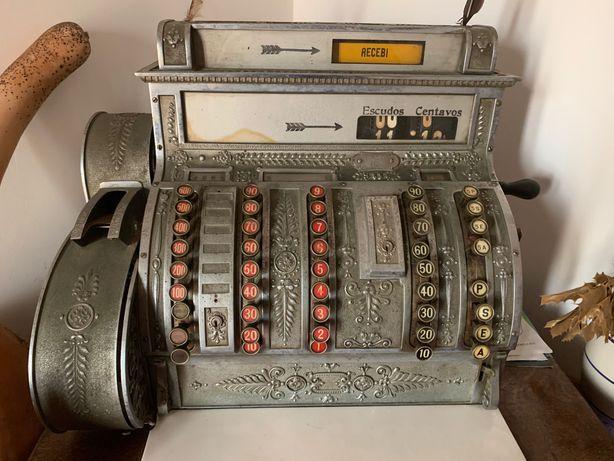 Máquina registadora vintage