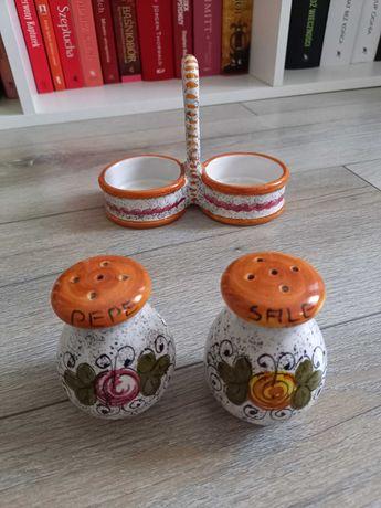 Ceramika deruta solniczka i pieprzniczka