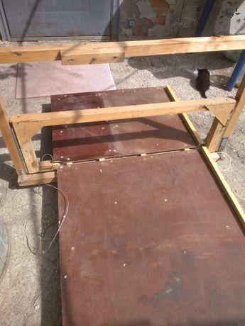 Стол станок для резки полистирола.
