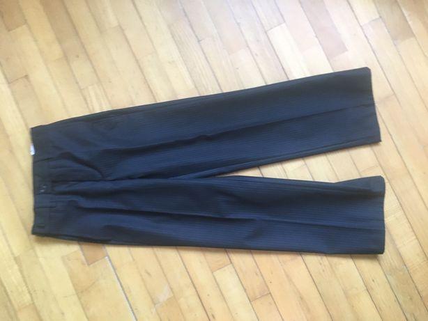 Школьные брюки 2-3 класс