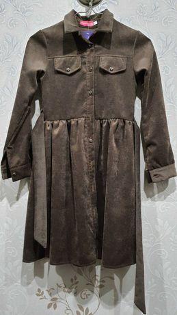 Красивое стильное платье для девочки р.140 НОВОЕ