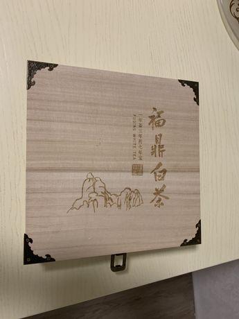 Чай белый китайский чай в деревянной коробке подарочный
