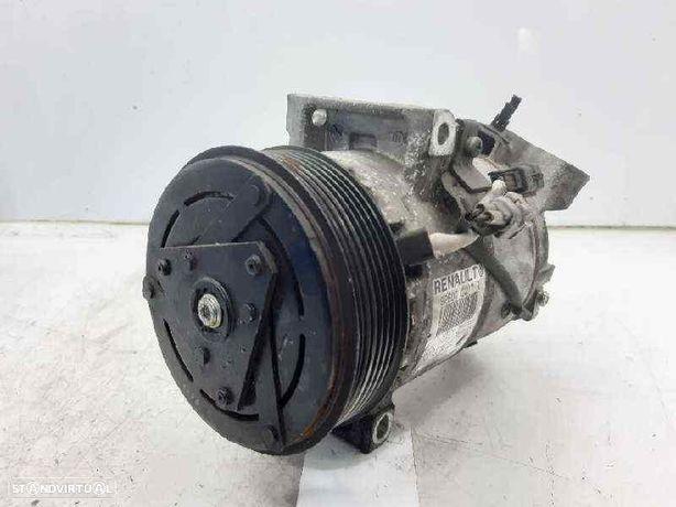 926000217R  Compressor A/C RENAULT CLIO IV (BH_)