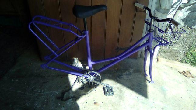 Quadro de bicicleta sem rodas