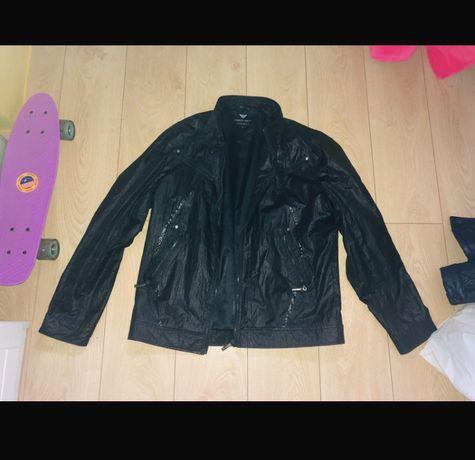 Czarna kurtka przejsciowa Giorgio Armani L