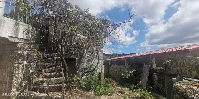 Moradia para Restaurar T3 Venda em Valdreu,Vila Verde