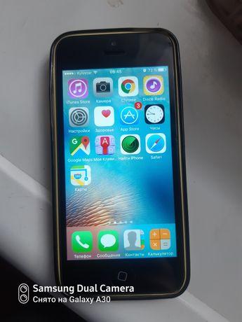 IPhone 5C в хорошем состоянии