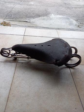Vendo selim antigo em bom estado para Bicicleta antiga pasteleira