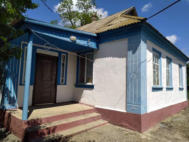 Продам добротный большой дом