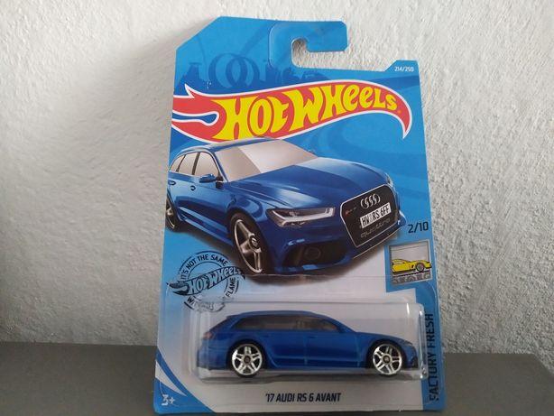 Audi RS6 Avant 1:64 Hot Wheels modelik resorak auto VAG samochód