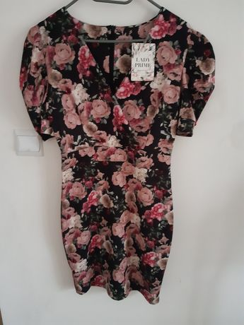Nowa sukienka w róże