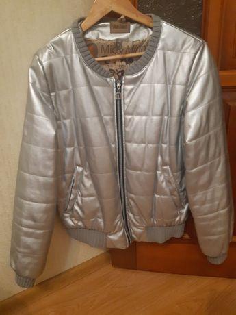 Весенняя куртка 48 размер