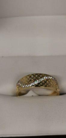 złoty pierścionek szalona fala próba 585 cudny