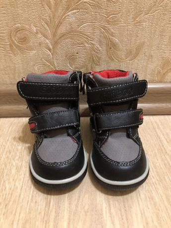Сапожки ботинки высокие кеды clibee