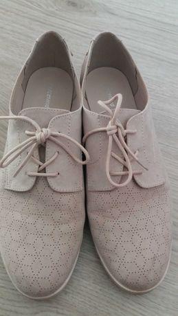 Lindos sapatos senhora 42