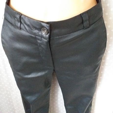 Spodnie woskowane damskie cygaretki