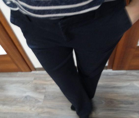 Granatowe spodnie chinosy bdb Tommy Hilfiger 38