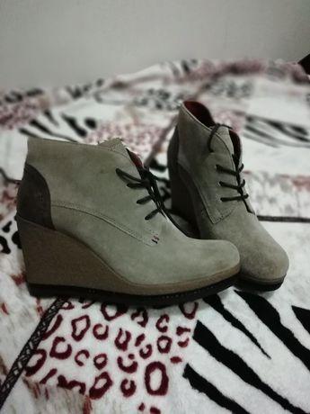 Ботинки Tommy Hilfiger р. 39