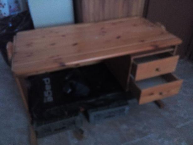 Secretaria em madeira usada